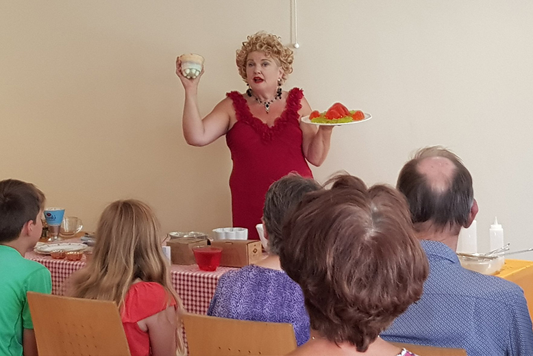 Fanny Cradock history and science of jellies for adults children